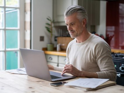 Senhorio a emitir recibo de renda eletrónico