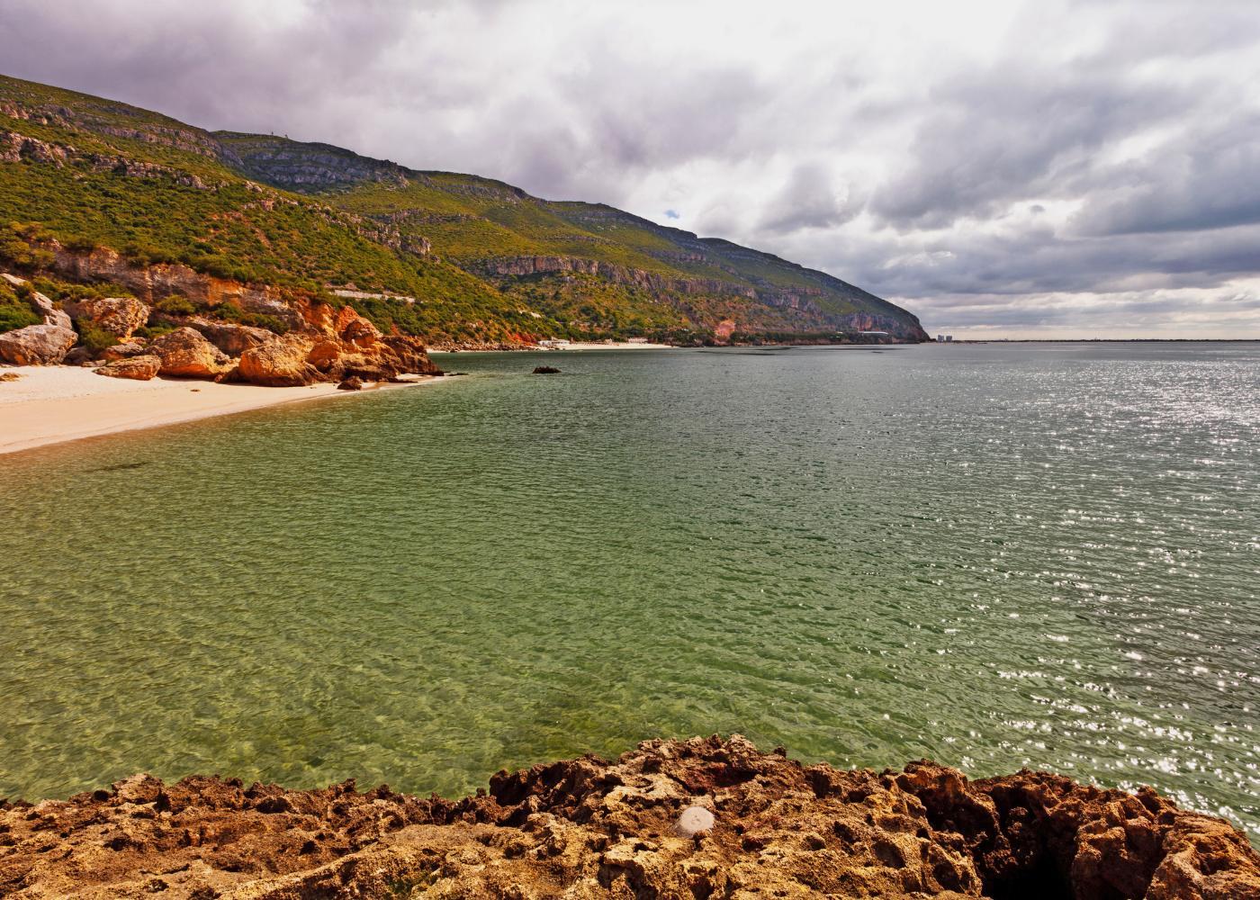 Mar nas praias da Arrábida