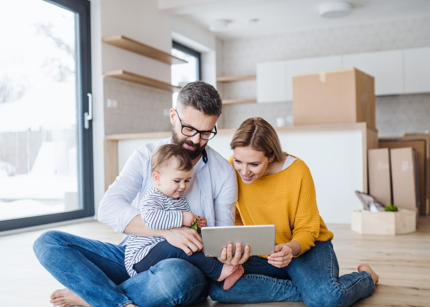 Família em mudanças de casa