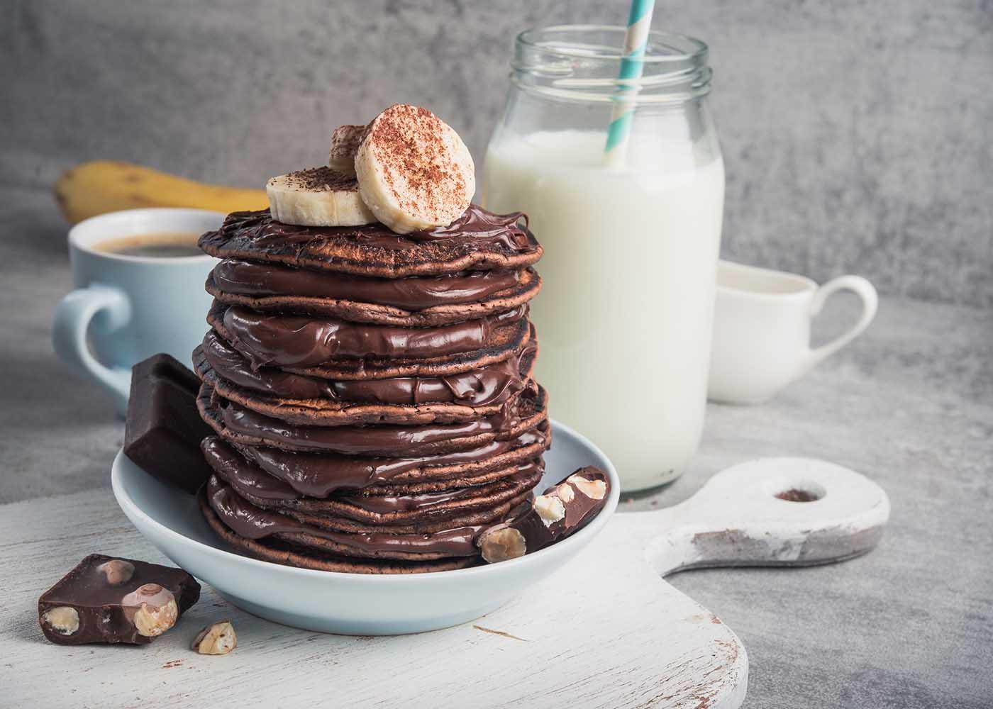 Panquecas de banana e chocolate