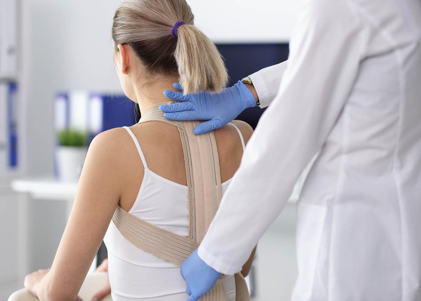 lesão coluna dores costas