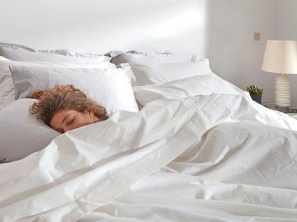 pessoa a dormir